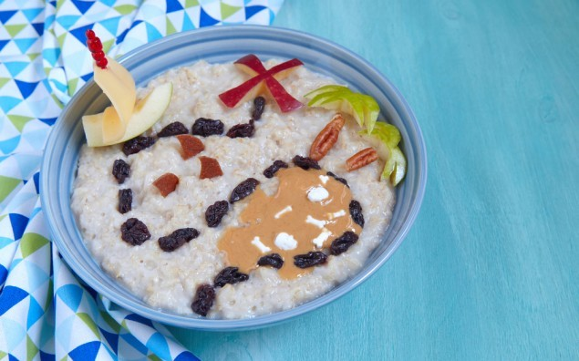 Oatmeal porridge decorated with treasure map